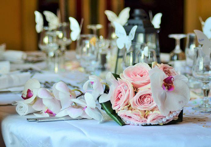 Profesjonalnie realizowane zamówienia odnoszące się do zaproszeń ślubnych